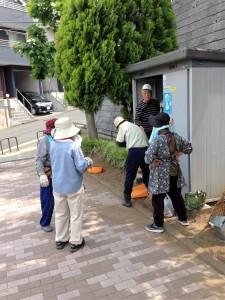 公園愛護会は公園清掃を5月23日(月)に実施しました