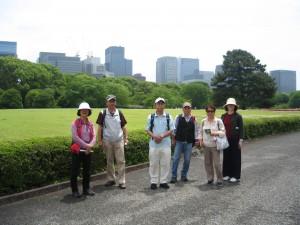 第15回ゆっくり散歩の会。皇居東御苑、日本橋、水天宮社